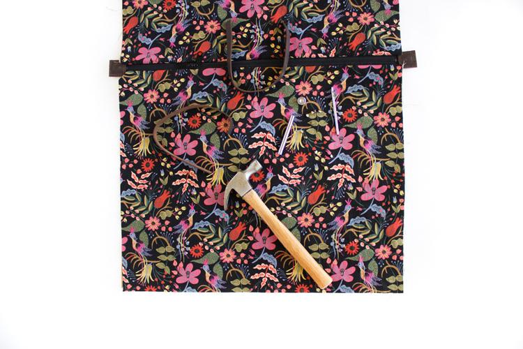 Weekender Bag - Sewing Tutorial // www.deliacreates.com