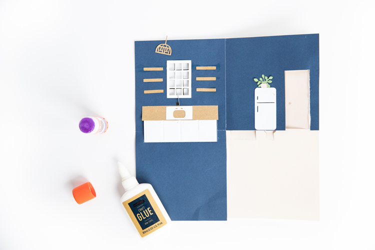 Pop Up Paper Doll House - Free .svg cut files! // www.deliacreates.com // tutorial for Silhouette