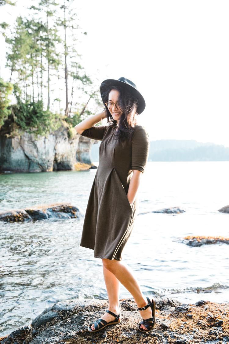Knit Bexley Dress in French Terry // www.deliacreates.com