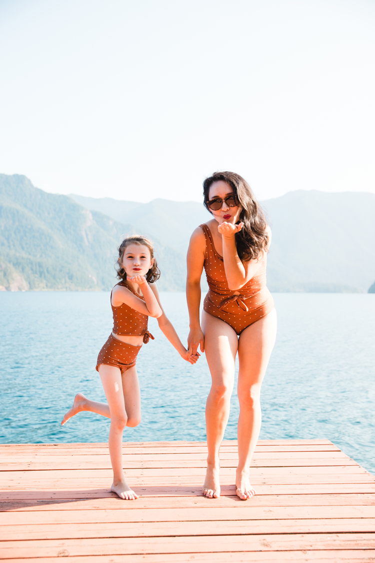 Sewing Swim Suits // www.deliacreates.com