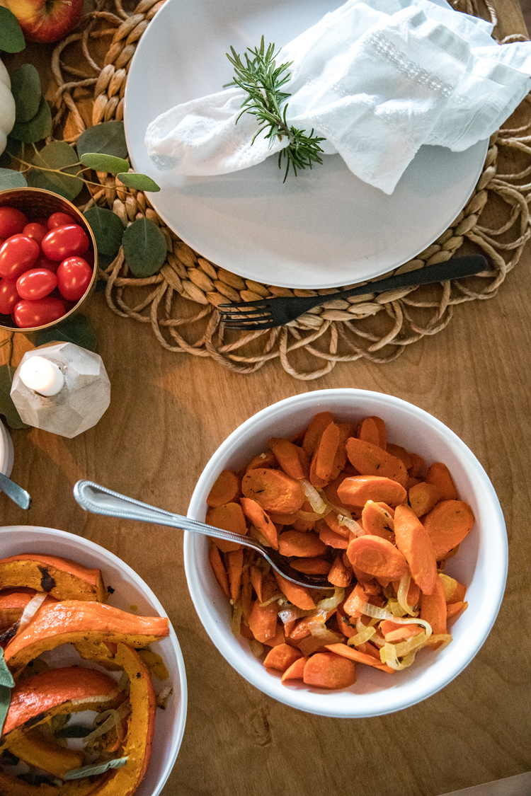 Allergy Friendly Thanksgiving Dinner // Roasted Carrots // www.deliacreates.com