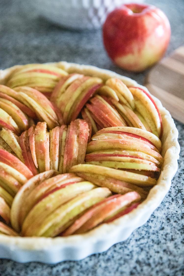 Allergy Friendly Thanksgiving Dinner // Sugar Free Apple Tart // www.deliacreates.com