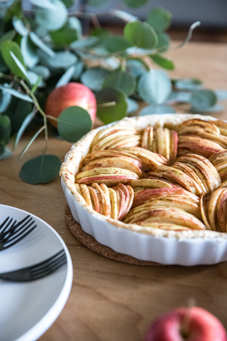 Allergy Friendly Thanksgiving Dinner // dairy free, no sugar added Apple Tart // www.deliacreates.com