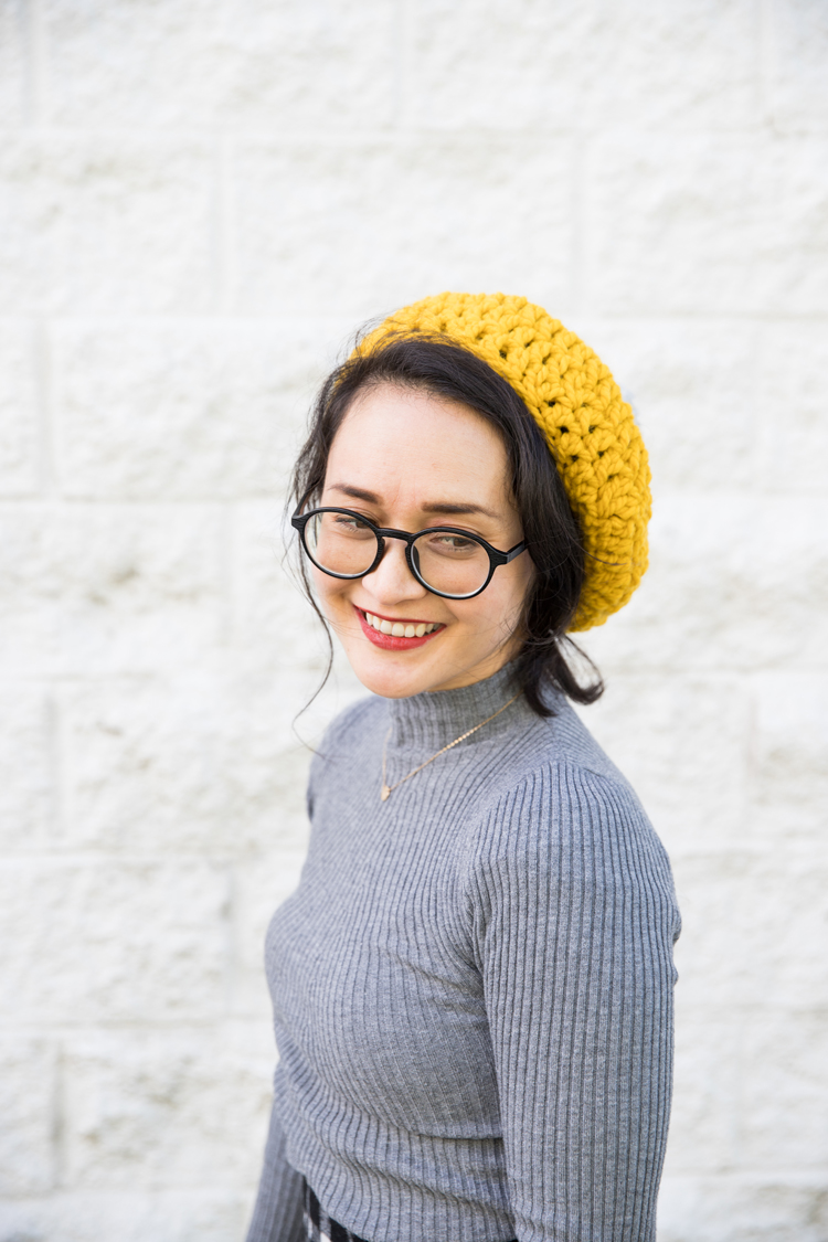 Crochet Basics: Free Beret Pattern! // video tutorial on how to crochet in the round - great for beginners! // www.deliacreates.com
