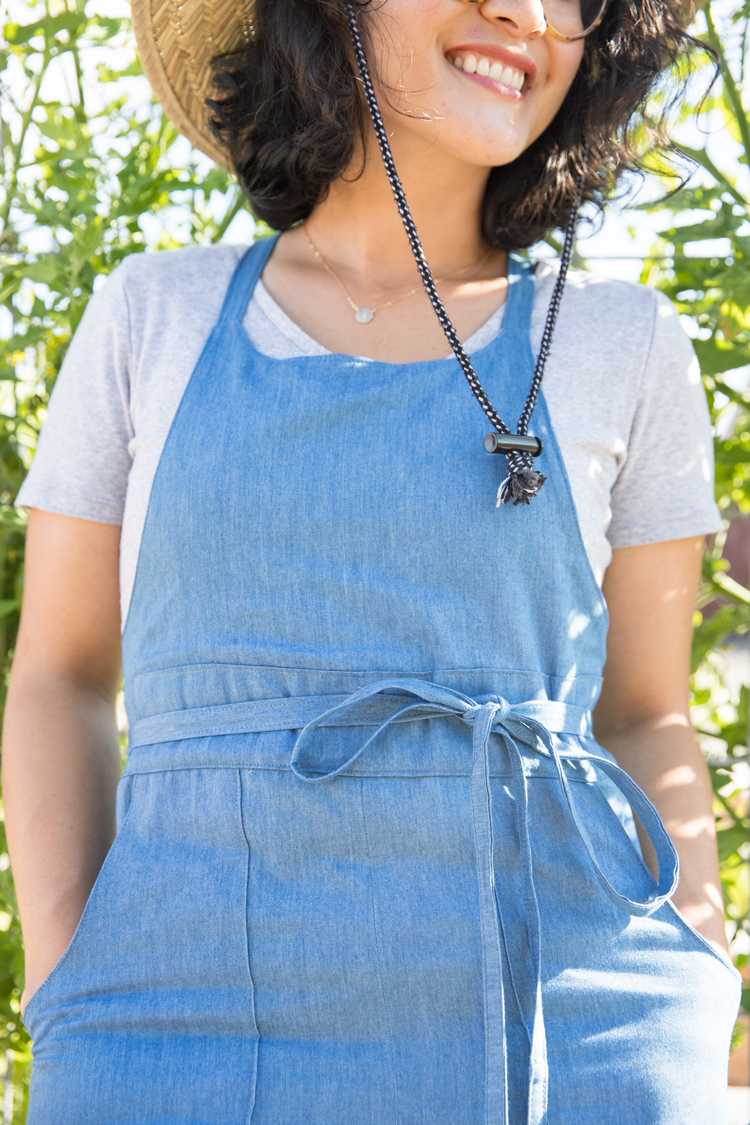 Tapered Denim Burnside Bibs // www.deliacreates.com