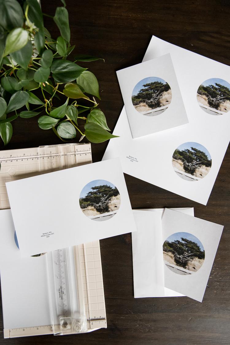 Tree of 2020 - free art print // www.deliacreates.com